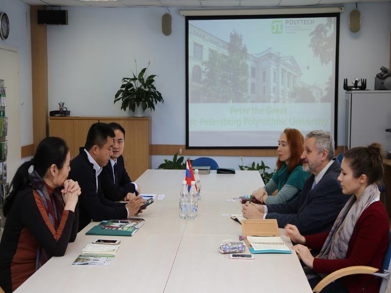 Визит делегации из университета науки и технологий Циндао, Китай