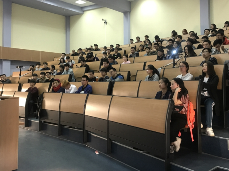 День открытых дверей для китайских студентов в ВШ МОП