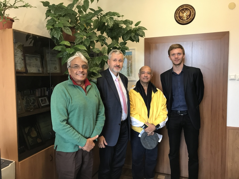 Выпускники подготовительного факультета - граждане Бангаладеш посетили ВШ МОП