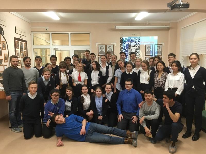 Встреча студентов ВШ МОП со школьниками