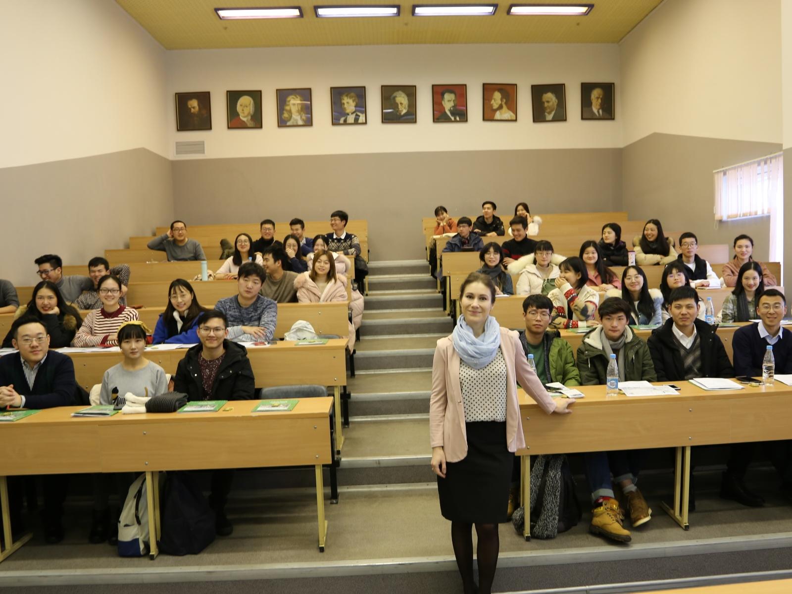 Зимняя школа для студентов Чжэзцянского университета стартовала