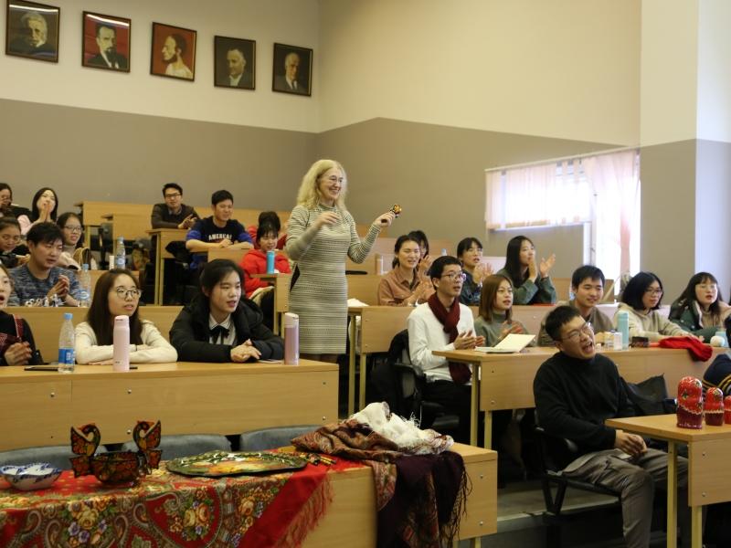 Зимняя школа для студентов Чжэзцянского университета успешно завершилась