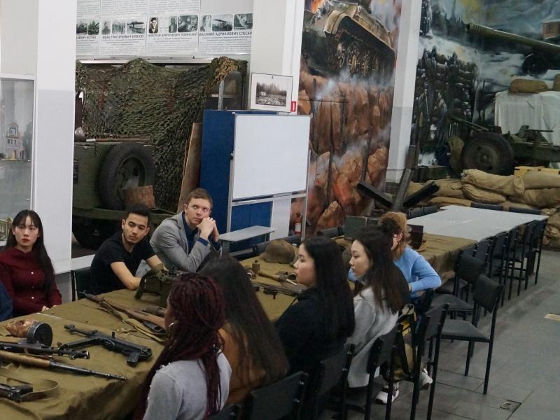 Студенты ВШ МОП посетили Центр патриотического воспитания молодежи «Родина