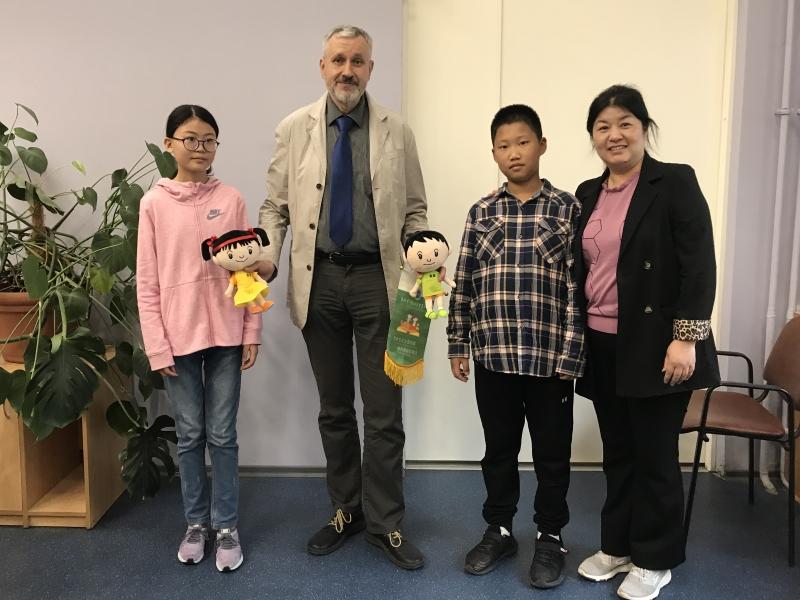 В ВШ МОП начала работу ознакомительная летняя программа для школьников из города Лоян, КНР.